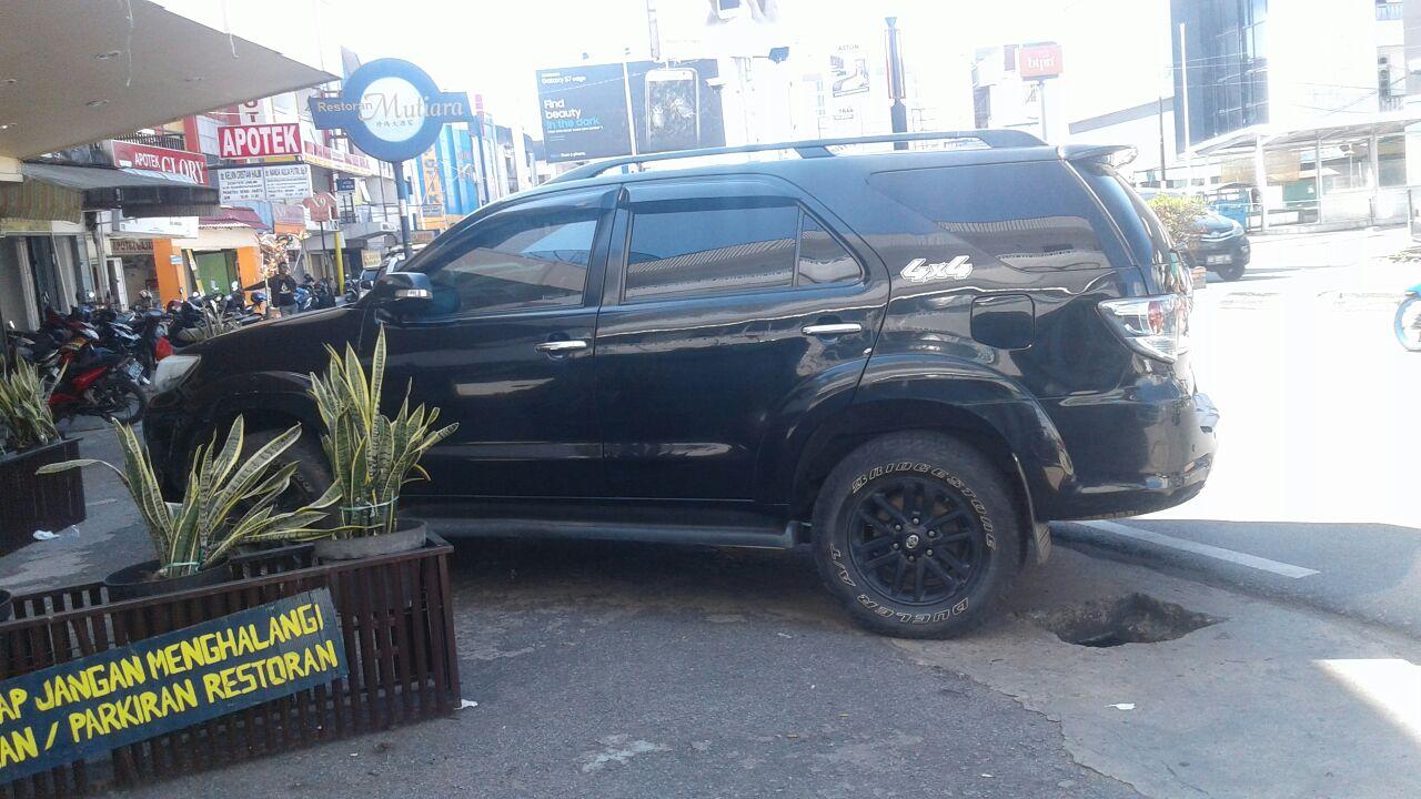 rental mobil fortuner Pontianak